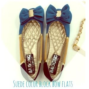 Shoes - Suede color block bow flats