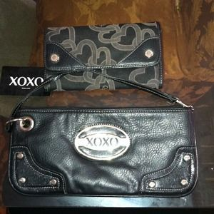 XOXO CLUTCH AND WALLET YOURS $10