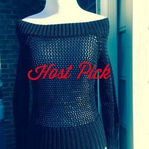 🌞 Open Weave Black Sweater