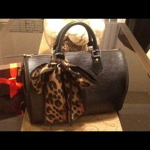 Louis Vuitton Epi Noir Speedy 30 ......RESERVED!!!