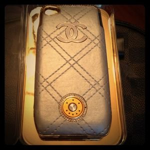 Iphone4/4s case with back up battery !!!