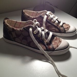 Coach Barrett sneakers PRICE REDUCED