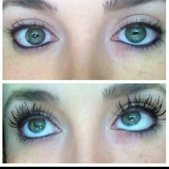 younique moodstruck 3d fiber lash mascara from sheri 39 s. Black Bedroom Furniture Sets. Home Design Ideas