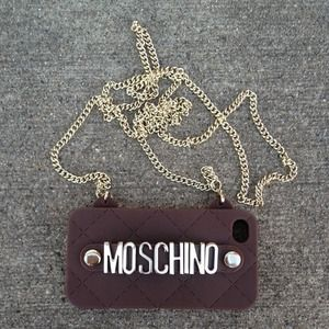 moschino Accessories - ️🎉HOST PICK🎉New Moschino Iphone 4/4S Choc Case! 2