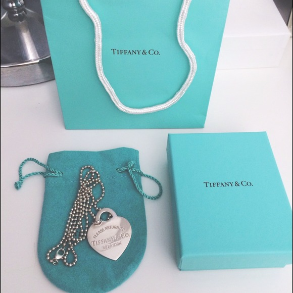 Tiffany & Co. Jewelry - HP 1/26⭐️Tiffany & Co XLarge Heart Tag Pendent