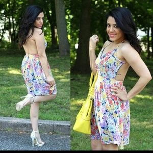 Style Era Boutique  Dresses & Skirts - Floral Print Open Back Dress