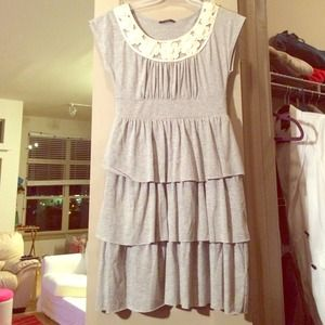 Dresses & Skirts - Tiered grey dress with neck detailing