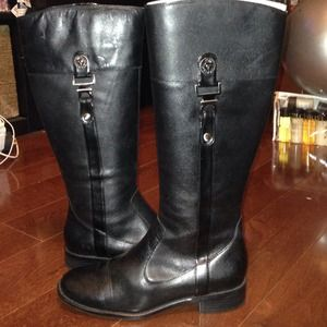 Anne Klein black leather boots only worn once