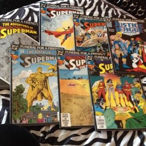 Accessories - SOLD🚫Lot of Superman Funeral for a Friend Comics