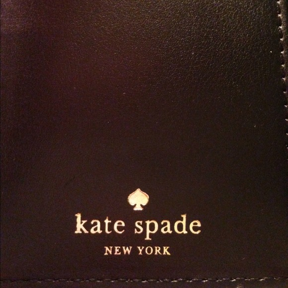 kate spade Clutches & Wallets - ⚡️Host Pick 12/9⚡️Kate Spade Stacy Wallet 2