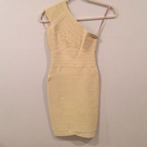 Herve Leger one shoulder bandage dress. celery. Xs