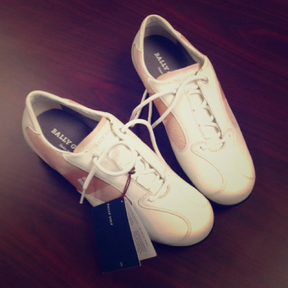 Bally women s golf shoes- for a good cause! 53a2e042119d