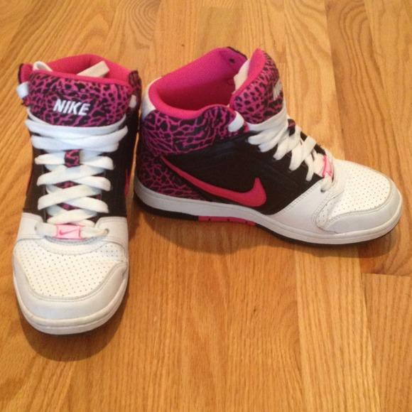 Nike Shoes  5500f29a0