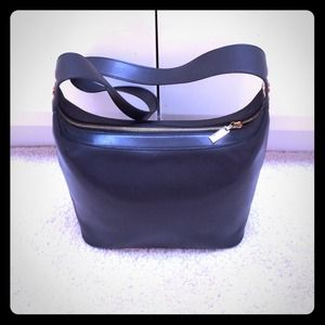 CELINE- Black leather zip top shoulder handbag.