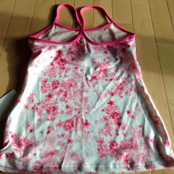 lululemon athletica Tops - Lululemon power y tank NWT 2