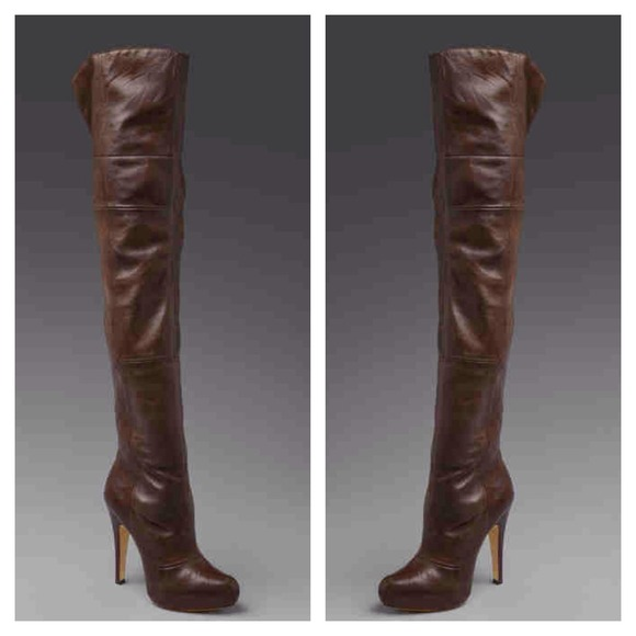50e7af2b45d Report Signature Over the Knee Fairfax Boots NWT