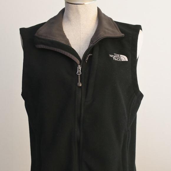 79542bc18 North Face Windwall black fleece zip up vest