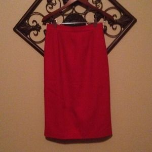 *Reduced* Red wool skirt