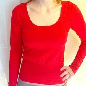 on wholesale world-wide selection of factory authentic Red Guess Sweater
