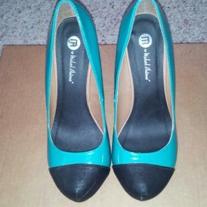 Shoes - Teal & black cap-toe pumps.