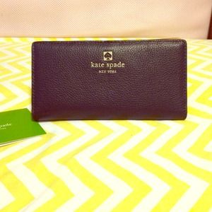 NWOT Kate Spade Navy Stacy Wallet