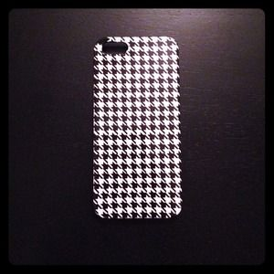 iPhone 5 Houndstooth Case
