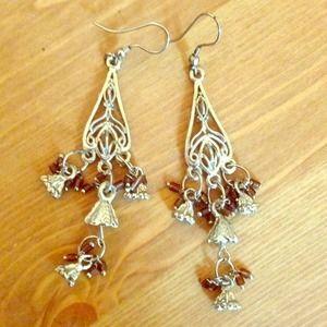 Jewelry - Drop silver earrings
