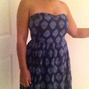 Old Navy Dresses & Skirts - Navy Blue Strapless dress