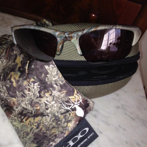 39e9153913 Oakley Flak Jacket Sunglasses in King s Camo. M 52922a03d7b918313303d5ed