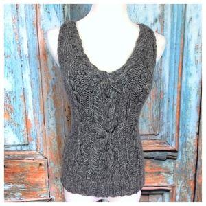 Anne Klein sleeveless sweater
