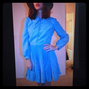 Dresses & Skirts - 60s pleated collared vintage dress sz sm mad men