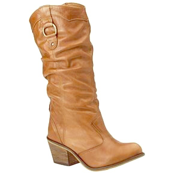 44% off Shoes - Steve Madden Gammbble cowboy boots from Lisa\'s ...