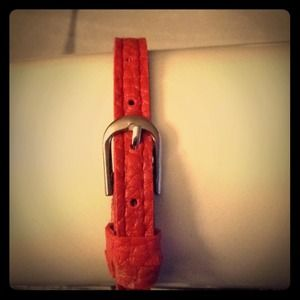 Accessories - Faux leather red bracelet
