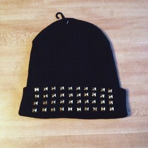 SOLD ❌ NWT Black/ Gold Studded Knit Beanie
