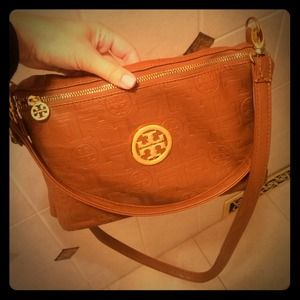 Inspired Tory Burch camel color cross body bag!