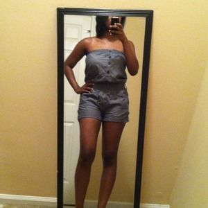 Other - Cute Strapless Romper