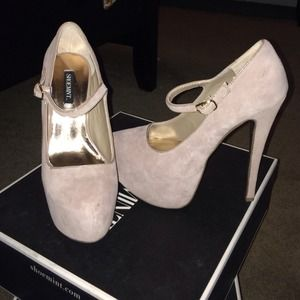 Shoemint : Edith Mary Jane heels Size 6.5 Blush
