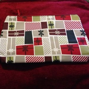 Thirty one thermal zipper pouch