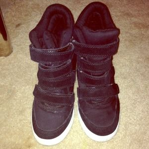 n\a Shoes - Wedge sneakers