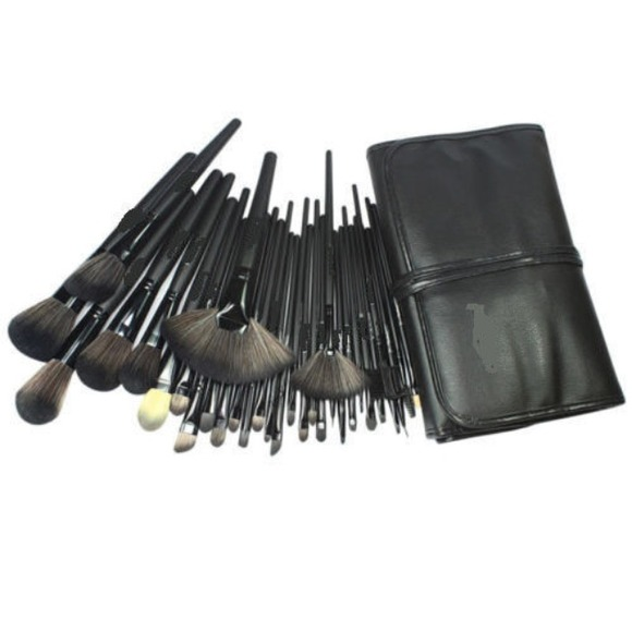 32 piece professional makeup brushes + leathercase