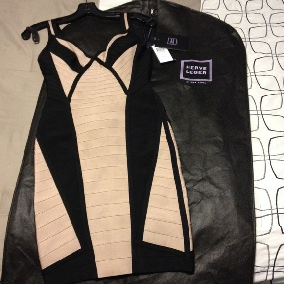 Herve Leger Dresses & Skirts - RUNWAY HERVE LEGER DRESS! Brand NEW NEVER WORN ! 2