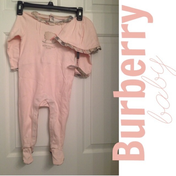 941c927a640 Authentic Burberry Baby Sleeper and Cap