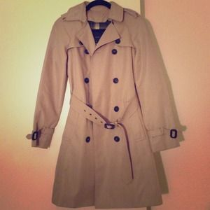 Zara Jackets & Blazers - 🎉HOST PICK 1/2!🎉 ZARA trenchcoat