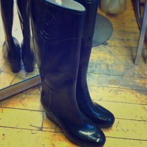 Sorry ladies! Seller keeping!! Hunter Wedge Boot