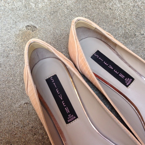 Steve Madden Shoes - Blush Metallic Cap Toe Flats 4