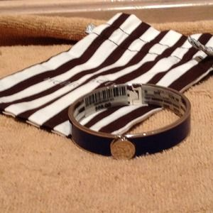 Henri Bendel  Accessories - Henri Bendel Bangle