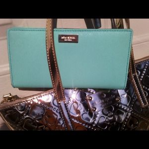 S O L D kate spade stacy wallet in mint