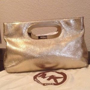Michael Kors clutch in Gold