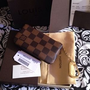My NEW Authentic Louis Vuitton Key Cles