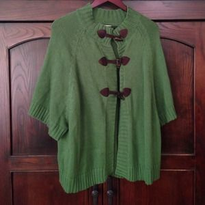 Old Navy green sweater with toggle closures